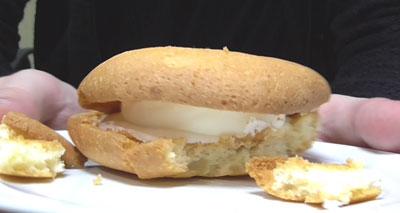 ソフトクッキーサンド クリームチーズホイップ2