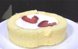 プレミアムロースケーキいちごのせ(ローソン)2