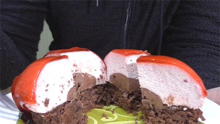 赤いクリスマスケーキ3