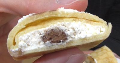 糖質を考えたクレープ生チョコ&ナッツ(モンテール)3