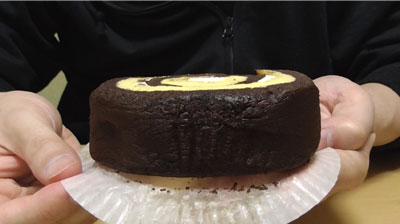 厚切りチョコバナナロール(山崎製パン)3