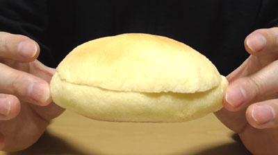 メープルメロンパン(神戸屋)3