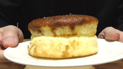 カラメルソースがしみこんだ ざらめのフワジュワケーキ3