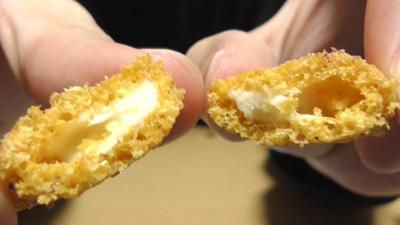燻製香るスモークサラミのチーズインスナック(セブンイレブン)8