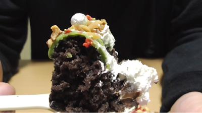 緑のクリスマスリースのケーキ(ローソン)8
