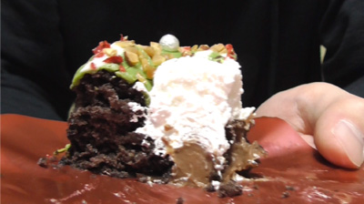緑のクリスマスリースのケーキ(ローソン)9
