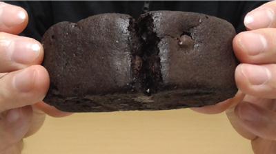 厚切りチョコケーキ(ファミリーマート)5