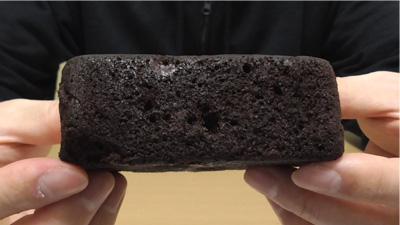 厚切りチョコケーキ(ファミリーマート)3