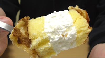 シューロールケーキ カルピスを使用したクリーム14