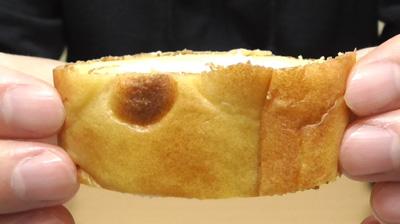 シューロールケーキ カルピスを使用したクリーム5