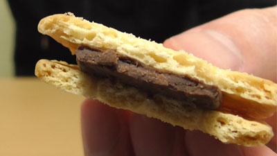 業務スーパー-バターココナツサンドチョコレート12