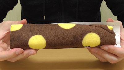 ロールちゃん-チョコバナナ-チョコスポンジとバナナクリーム(山崎製パン)6