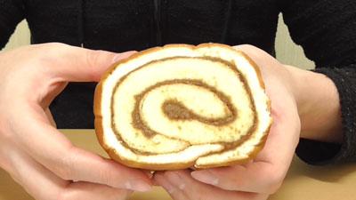UCC-COFFEE-ミルクコーヒーロールケーキ(神戸屋)4
