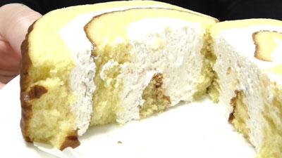 さつまいもと醤油のロールケーキ(ヤマザキ)12