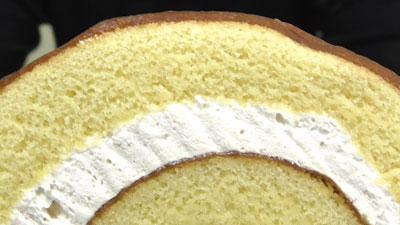 さつまいもと醤油のロールケーキ(ヤマザキ)8