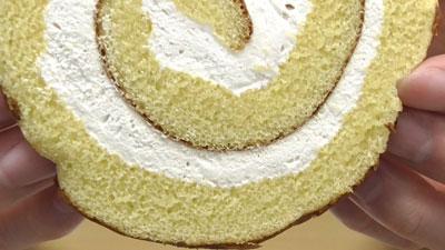 さつまいもと醤油のロールケーキ(ヤマザキ)10