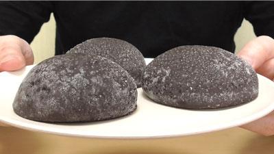 三つ子-ココアメロンパン(ヤマザキ)3